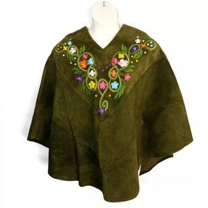 Vintage 1970s Suede Poncho Queen of the Capes Oliv